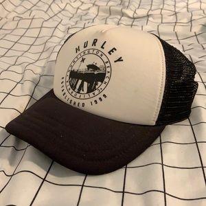 Black and white womens trucker hat